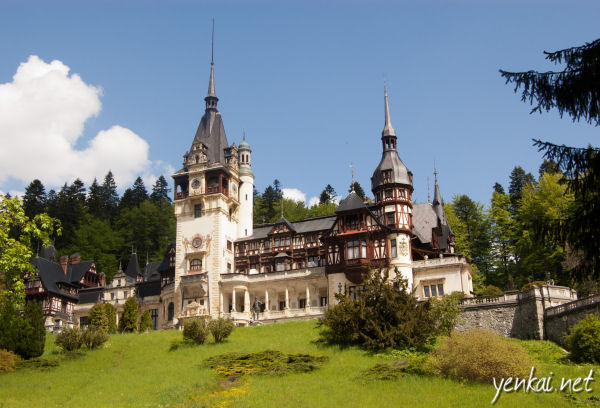 Travel Bucket List: Romanian Castles and Monasteries