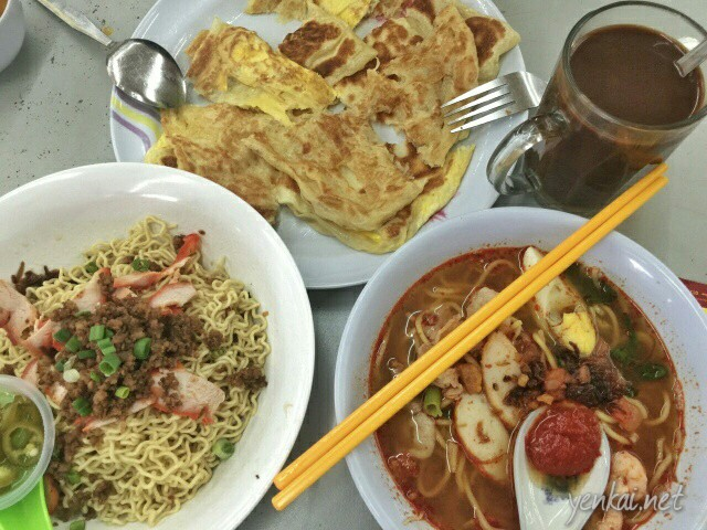 Food from Tong Yang: Roti prata, prawn noodles and Kolo mee
