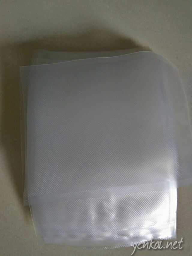 Pouches for vacuum sealing