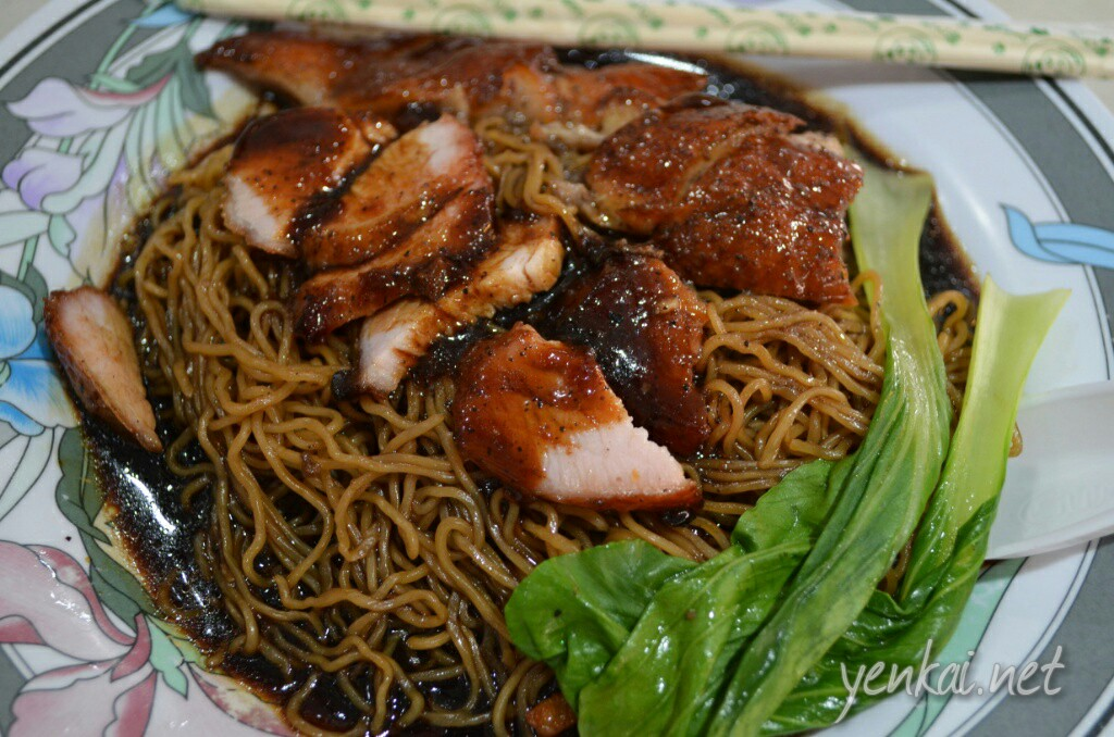 The Char Siew and roasted duck noodles is quite good except for the overly sweet sauce